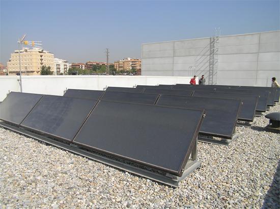 Poliesportiu Sanfeliu - energia solar tèrmica