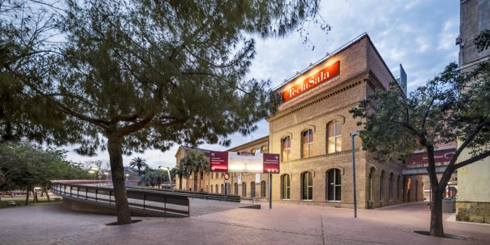 Facade of Centre d'Art Tecla Sala
