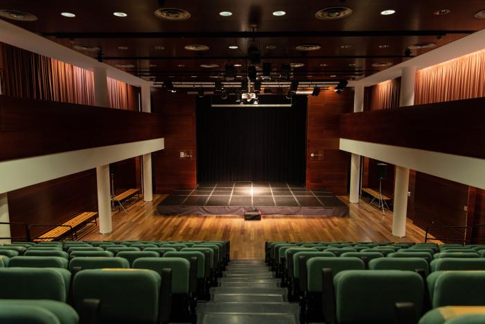 Audience Centre Cultural la Bòbila