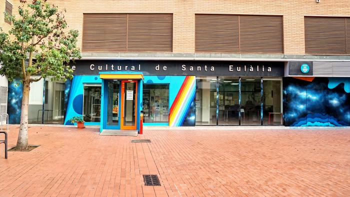 Entrada al Centre Cultural Santa Eulàlia